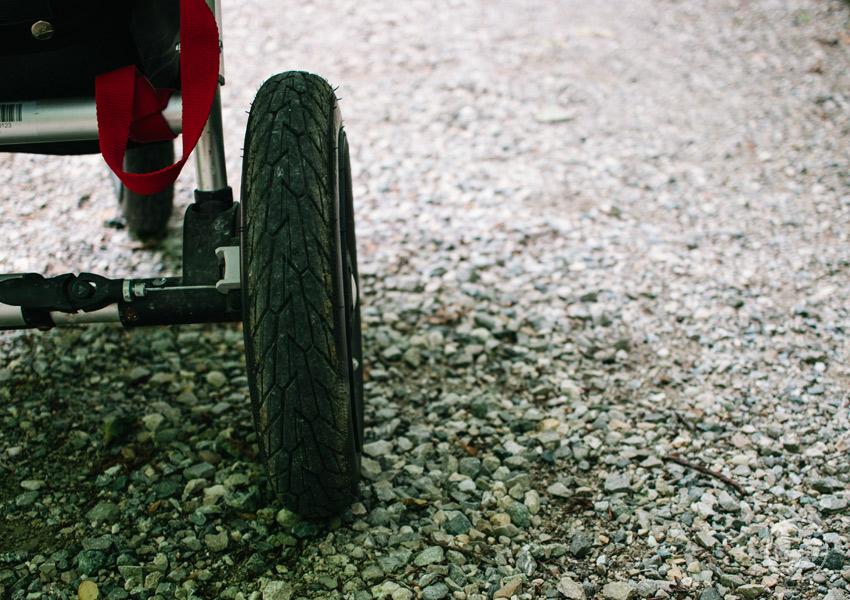 Wandern auf der Herreninsel mit Kinderwagen