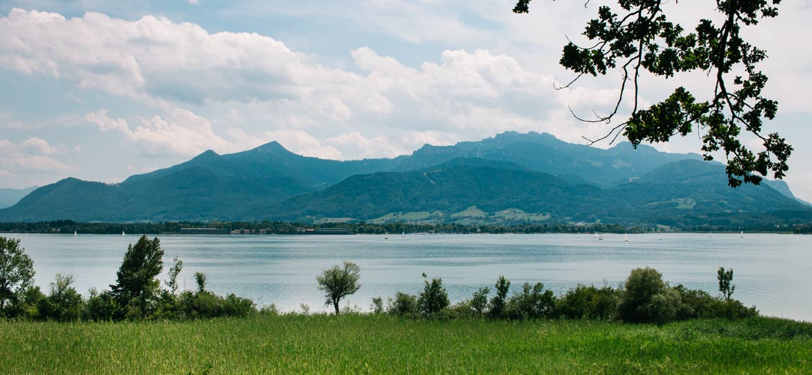 Chiemsee Herreninsel mit Kinderwagen