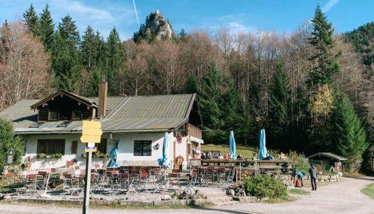 mit-kinderwagen-zum-berggasthaus-riederstein-am-galaun