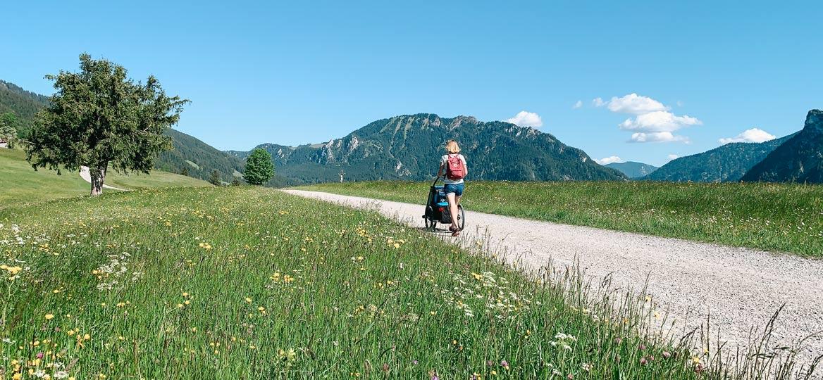 Altherrenweg Oberammergau mit Kinderwagen