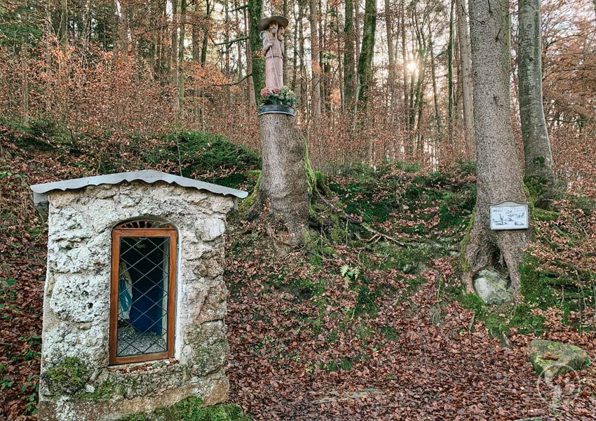 Kapelle im Wald zum Gedenken an das Wunder von Aying