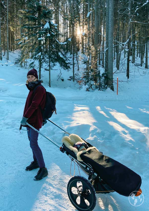 Wandern mit Hike Kid im Schnee