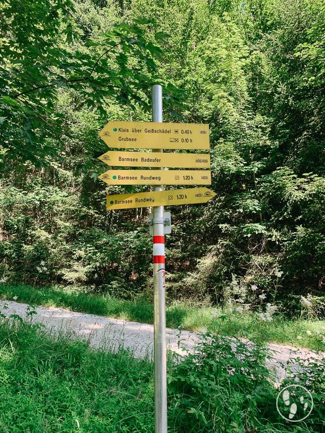 Wegweiser Rundwanderweg Barmsee